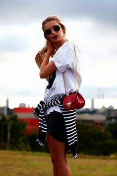 http://2.bp.blogspot.com/-WLXfU5i8C0w/Uz1wEWbf9AI/AAAAAAAAV1c/KbIvlHrm2wM/s1600/glamour.jpg
