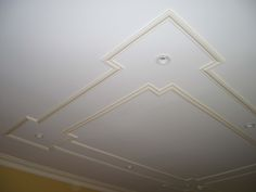 Fanatic Finish can help you get the details done right in your Long Island home with custom Ceiling Moldings. Coffered Ceiling, Wall Design, Molding Ceiling, Pop Design, House Ceiling Design, Ceiling Design Living Room, Tv Wall Design, Plaster Ceiling Design, Pop Design For Roof