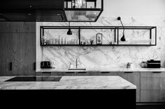 [Eginstill x Details] Where lunchtime is playtime. The countertop and rear walls of the kitchen are Arabestaco marble. Kitchen Wet Bar, Kitchen Dining, Kitchen Decor, Kitchen Ideas, Interior Design Studio, Interior Design Kitchen, Modern Industrial Furniture, Minimalist Kitchen, Modern Kitchen Design