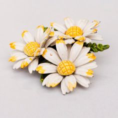Vintage Daisy Brooch 1960's by VintageUrbanBlue on Etsy, $10.00