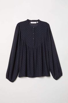 Blouse in pattern-weave fabric with a henley collar, button placket, long balloon sleeves, and yoke at front and back with gathers. Kurta Designs, Blouse Designs, Blouse Volantée, Stitching Dresses, Long Gown Dress, Pakistani Dress Design, Business Dresses, Mode Hijab, Minimal Fashion