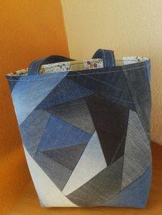 Wow- this is a beautiful upcycled jeans bag!! Taška nákupní džínová