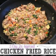 21 day fix - chicken friend rice - Make sure you REPIN to save this AMAZING recipe to try later and of course to share it with your friends and family for them to try as well!