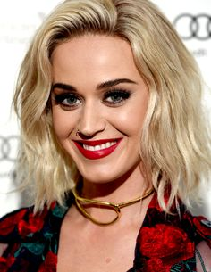 """katy-is-partofme: """" ! Katy Perry at the Universal Music BRIT Awards After-Party """" Katy Perry Wallpaper, Katy Perry Hot, Lady Gaga, Katy Perry Pictures, Katherine Elizabeth, Peinados Pin Up, Celebs, Celebrities, Pretty Woman"""