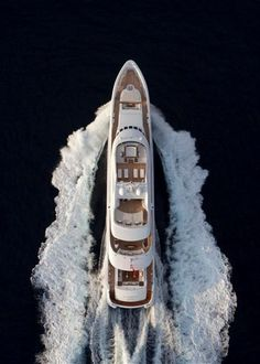 M/Y Satori, Heesen Yachts _ by naval architect Oossanen & Associates (VOA) (photo © J. Yacht Design, Yacht Boat, Yacht Club, Speed Boats, Power Boats, Luxury Travel, Luxury Cars, Remo, Super Yachts