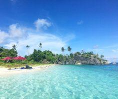 Sailing through the Raja Ampat Islands With Mutiara Laut.  Tour Raja Ampat, Luxury liveaboard, Tour with Mutiara Laut