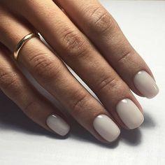 Pin by Lisa Firle on Nageldesign - Nail Art - Nagellack - Nail Polish - Nailart - Nails in 2020 Spring Nail Colors, Spring Nails, Summer Nails, Summer Colors, Nude Nails, White Nails, Pink Nail, Coffin Nails, White Short Nails