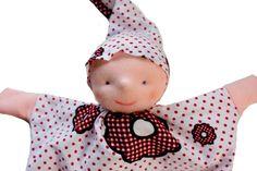 handpop babypop popje rood bloemen en stippen van MijnPopje op Etsy, €11.95
