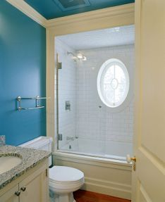Google Image Result for http://www.interior-design-it-yourself.com/images/bathroom_small_blue.jpg