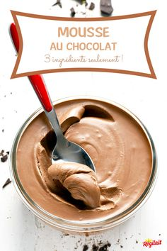 The recipe for chocolate mousse too easy and delicious with just 3 ingredients! We added sweetened condensed milk for an ultra-smooth texture… condensed milk Mousse Dessert, Creme Dessert, Appetizer Recipes, Snack Recipes, Dessert Recipes, Mexican Food Recipes, Cookie Recipes, Kiwi, Delicious Desserts