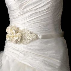 0dd6e46ff1df ceinture mariage pour robe de mariée broderie et fleur rose en satin Ceinture  Robe De Mariée