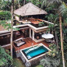 Luxury Hotels Bali, Luxury Boat, Luxury Homes, Luxury Cars, Resort Em Bali, Design Jardin, Cottage In The Woods, Amazing Buildings, Vacation Villas