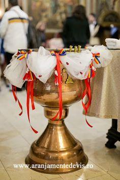 Cristelnita botez rustic Baby Boy Baptism, Baby Christening, Diy And Crafts, Rustic, Traditional, Baptisms, Wedding, Anastasia, Ideas