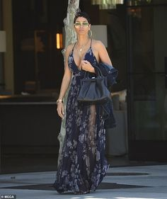 Woah there: Nicole Murphy, showed off her ample bosom while wearing a long, low cut bl. Fashion Over Fifty, Over 50 Womens Fashion, Girl Fashion, Fashion Outfits, Best Cocktail Dresses, Funky Dresses, Maxi Dresses, Nicole Murphy, Black Goddess