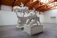 Adrián Villar Rojas - Las mariposas eternas (The eternal butterflies), 2010 Modern Sculpture, Lion Sculpture, Damian Ortega, Appropriation Art, Internet Art, New Media Art, Venice Biennale, Feminist Art, Small Art