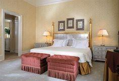 San Clemente Palace Hotel & Resort Venice Bedroom Beige Pink