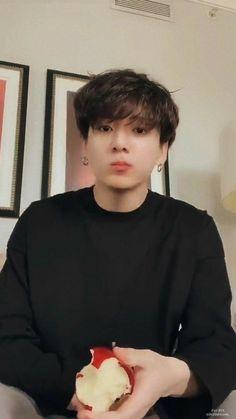 My babyyyy 😍😍 Taehyung, Jungkook Selca, Foto Jungkook, Jungkook Cute, Jungkook Oppa, Foto Bts, Bts Bangtan Boy, Jung Kook, Jikook