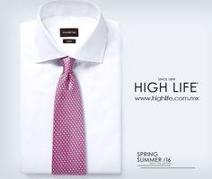 Agrega singularidad a tu vestir con una corbata de seda en rosa con un diseño de golf. #ZZegna