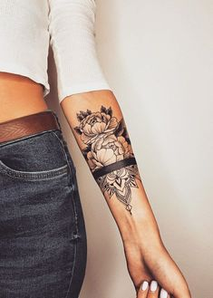 41 Beautiful Peony Tattoo Ideas for Women - We love peony tattoos and think you will too, so we put 41 beautiful tattoo designs together. Pretty Tattoos, Sexy Tattoos, Unique Tattoos, Beautiful Tattoos, Body Art Tattoos, Hand Tattoos, Sleeve Tattoos, Tatoos, Skull Tattoos
