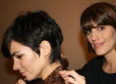Agustina Cherri | Alberto Sanders Celebrity Photos, My Hair, Short Hair Styles, Hair Beauty, Hairstyle, My Style, Celebrities, Color, Outfits