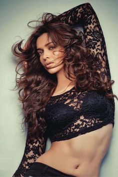 Deepika Padukone. Love her hair. #BlackLace