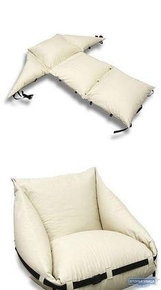 Складное кресло<br><br>Идея кресла из подушек, которое держится, когда их стягивают стропой.<br>http://secondstreet.ru/blog/mebel_iz_nichego/skladnoe-kreslo.html