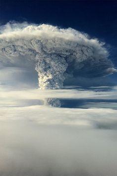 """vurtual: """" Puyehue volcano, Chile (by Pasa la vida) """""""