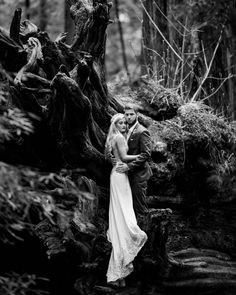 Beautiful engagement photo session by Julian N. Photography set amongst the magical Redwood Forests of Humboldt County in Northern California, and then on the coast.