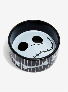 The Nightmare Before Christmas Jack Skellington Striped Pet Bowl Nightmare Before Christmas Clothing, Mr Cat, Super Cute Puppies, Goth Home, Very Scary, All Things Cute, Christmas Animals, Pet Bowls, Disney Halloween