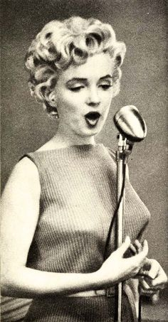 Marilyn Monroe by John Florea 1954
