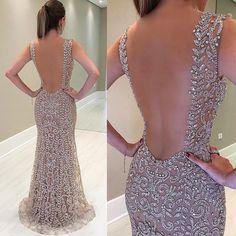 "30.1k Likes, 271 Comments - Nathalia Lustosa (@vestidosn) on Instagram: ""Amei e vocês? ❤️❤️❤️"" Bridal Dresses, Sparkly Prom Dresses, Glam Dresses, Homecoming Dresses, Nice Dresses, Dress Outfits, Fashion Dresses, Formal Dresses, Beautiful Dresses"