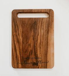 Personalized Cutting Board - 10.5x16 / Walnut / Handle