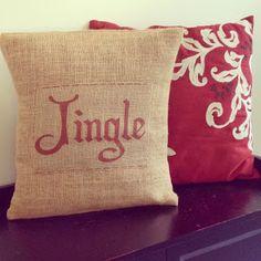 DIY Burlap Christmas Pillows