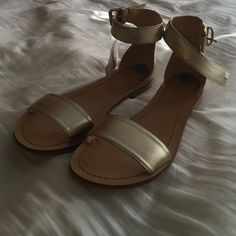 Gold Nine West sandals Brand new Nine West gold sandals Nine West Shoes Sandals