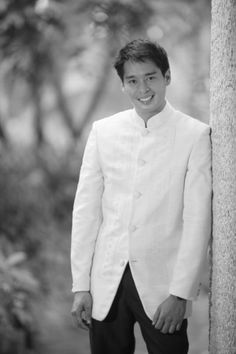Barong Coat for the groom Barong Wedding, Wedding Groom, Wedding Suits, Wedding Attire, Bride Groom, Wedding Gowns, Wedding Day, Barong Tagalog Wedding, Filipino Wedding