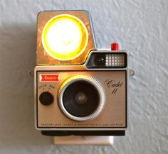 It's a nightlight, made in a old camera! <3