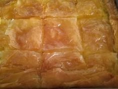 Γαλακτομπούρεκο!!!! Spanakopita, Sweets, Ethnic Recipes, Food, Gummi Candy, Candy, Essen, Goodies, Meals