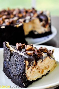 A peanut-butter lover's dream, a cookie crust is filled with a light and fluffy peanut butter mousse, and topped with a silky chocolate ganache.