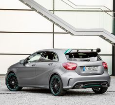 With its dramatic design in the style of the successful MERCEDES AMG PETRONAS Formula 1 Team, the special