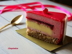 Предлагаю Вам попробовать этот торт! Он очень легкий, немного терпкий, и несмотря.на то, что там преобладает клюква, очень нежный. Мне...