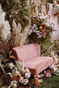 Try The Trend: Creative Ways to Use Pampas Grass in Your Wedding Decor · Wayfarers Chapel Boho Wedding, Floral Wedding, Dream Wedding, Wedding Lounge, Wedding Beauty, Wedding Backyard, Wedding Story, Bouquet Wedding, Wedding Things
