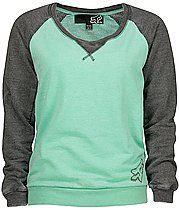 comfy sweatshirt..love the style and colors