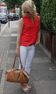cocomamastyle | mum style blog UK | outfit of the day | red top white jeans gold slides