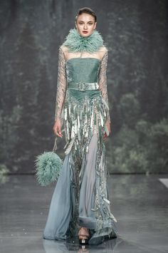 Runway pictures from the Ziad Nakad show at Couture Fall Style Couture, Couture Fashion, Runway Fashion, Fashion Show, Fashion Design, London Fashion, Couture Dresses, Fashion Dresses, Festa Party