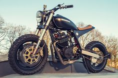 Honda XR600R Street Tracker by Ozz Customs #motorcycles #streettracker #motos | caferacerpasion.com