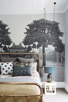 Trend Alert: Panoramic Murals // Bedroom With Mural Wallpaper and Brass Bed Frame walls could talk Home Bedroom, Bedroom Decor, Bedroom Apartment, Bedroom Ideas, Bedroom Designs, Bedroom 2017, Shabby Bedroom, Bedroom Murals, Shabby Cottage