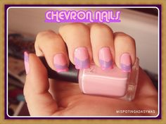Manicura CHEVRON NAILS. La podeis ver en mi blog en: http://mispotingadasymas.blogspot.com.es/2012/10/reto-esmaltofilicas-chevron-nails.html