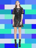 17 Fall Dresses You Can Wear To Work #refinery29  http://www.refinery29.com/fall-dresses-you-can-wear-to-work#slide-4  A shirtdress with a tie-waist makes getting dressed in the morning a no-brainer....