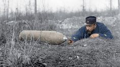 WW1. 60 million shells were fired at the Battle of Verdun between 21 February and 18 December 1916. WW1. 60 millions d'obus ont été tirés à la bataille de Verdun entre le 21 Février et 18 Décembre 1916.