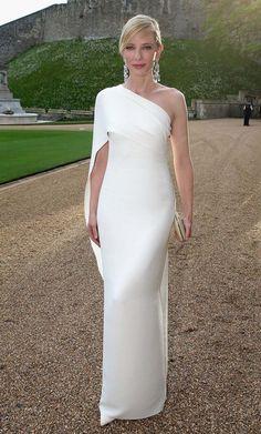 утонченное платье на одно плечо